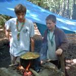 Arthur (Alpins) et Max (Sextant) veillent sur la boname Haricots-patates